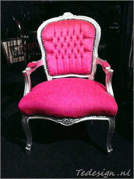 Roze barok stoel for Barok stoel