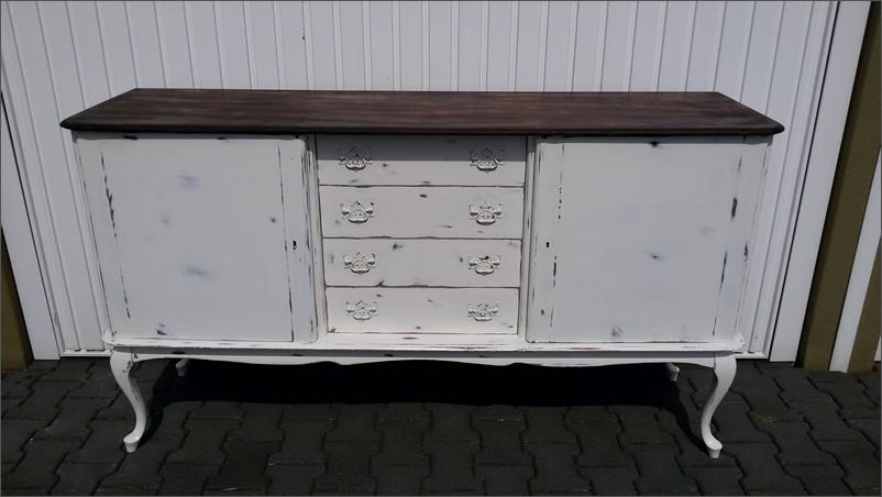 Queen Ann dressoir krijtverf met houten blad