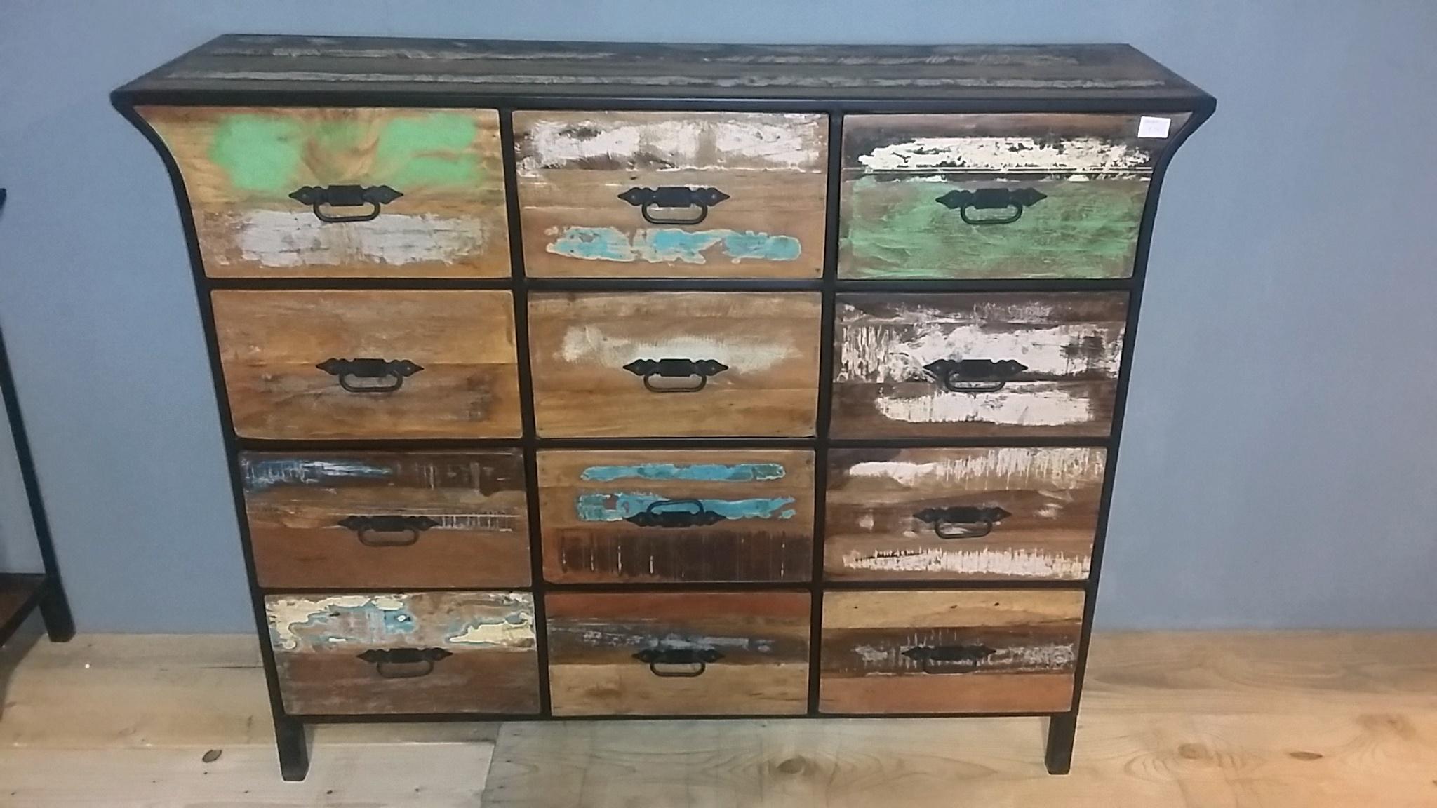 Sloophout dressoir for Sloophout meubels
