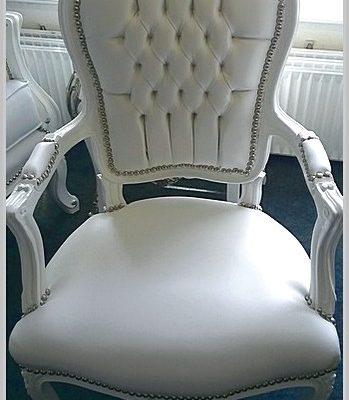 witte barok stoel