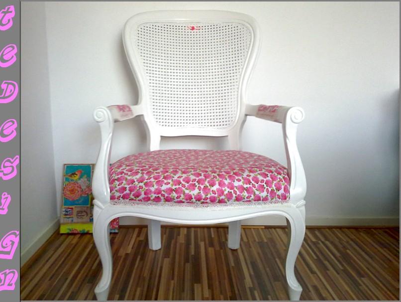 Fabulous brocante stoel te design with roze barok stoel for Bauhaus stoel leer