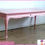 roze barok meubelen