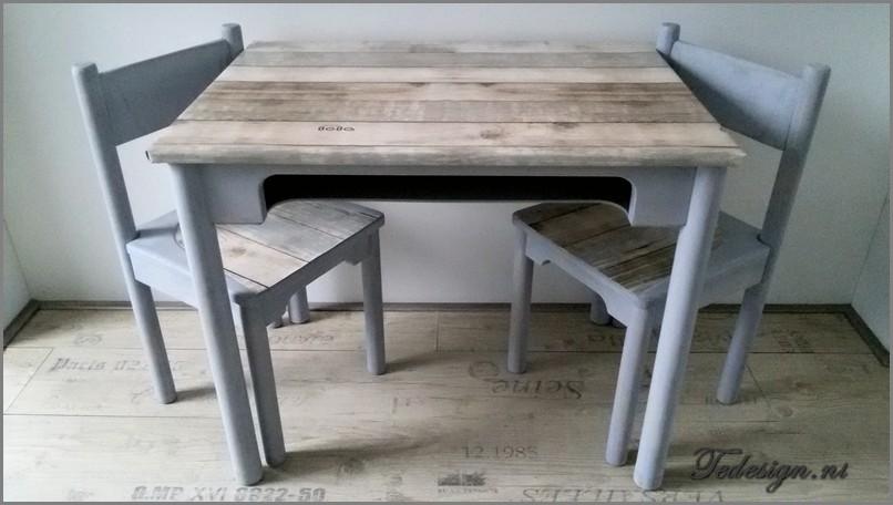 Kindertafel En Stoel : Kindermeubelset tafel en stoeltjes grey washu ac gratis thuisbezorgd