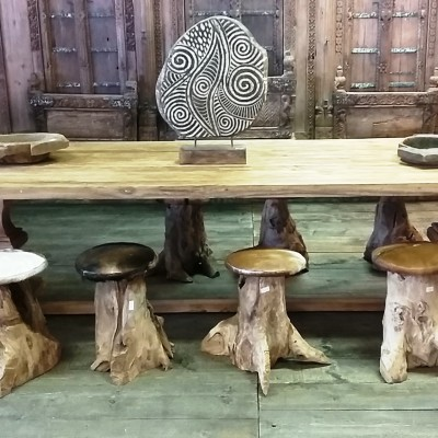 houten tafel kolompoot eiken