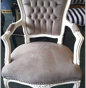 grijze barok stoel