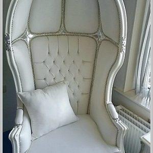koepeltroon fauteuil wit barok