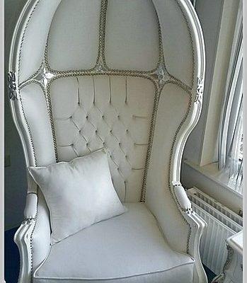 koepeltroon fauteuil barok wit